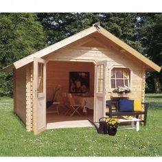 Très grand abri de jardin en bois. Coin salon, cuisine d'été, atelier ou pièce de stockage, ses grandes dimensions et ses vitres offrent un espace accueillant et lumineux. En savoir + sur http://www.mon-abri-de-jardin.com/
