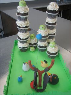 Definitely might have to make this for Delaney's birthday party!