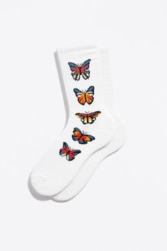 Shop men's summer accessories and shoes! Also find sunglasses for men, sling bags and men's summer shoes. Funky Socks, Accesorios Casual, Tube Socks, Cute Comfy Outfits, Summer Accessories, Clothing Accessories, Men's Clothing, Sport Socks, Fashion Socks
