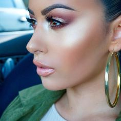 Tendance Maquillage Yeux 2017 / 2018 – Brow Wiz 'Brunette' et Brow Gel Clear 'Mac' Brown … Flawless Makeup, Gorgeous Makeup, Pretty Makeup, Love Makeup, Skin Makeup, Makeup Inspo, All Things Beauty, Beauty Make Up, Makeup Black