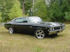 """THROWBACK THURSDAY: Did anyone have a 1969 Chevy Chevelle SS? The Chevelle line was first debuted in 1964 and was one of GM's most successful car models. The 1969 SuperSport model was known as the """"muscle car for the common man. Chevrolet Chevelle, 1969 Chevy Chevelle, Chevy Ss, Chevy Girl, Chevy Nova, Audi, Porsche, Bugatti, Muscle Cars"""