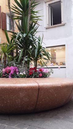 #OLIMPO #planters - #Lake #Garda - #Trentino #Bellitalia very elegant street furniture solution. #concrete and #marble #urban #design street furniture - arredo urbano - mobiliario urbano - mobilier urbain