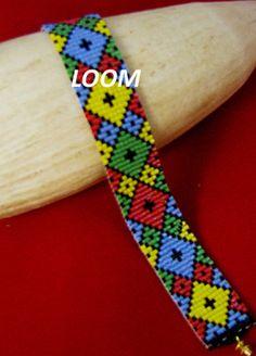 Embroidery Bracelets Patterns BEADBRICKIE DIAMONDS Loom Bracelet Pattern by Beadbrickie on Etsy - This is a loom bracelet pattern using 5 colours. It was beaded with Delica Loom Bracelet Patterns, Peyote Stitch Patterns, Bead Loom Bracelets, Bead Loom Patterns, Beading Patterns, Art Patterns, Embroidery Patterns, Knitting Patterns, Embroidery Bracelets