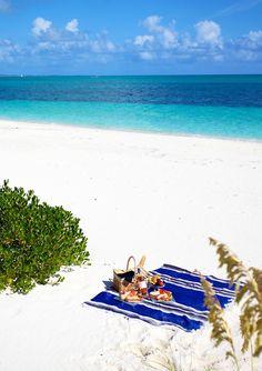 5 o'clock #beach club http://www.amazon.com/The-Reverse-Commute-ebook/dp/B009V544VQ/ref=tmm_kin_title_0