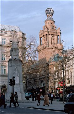 London, Covent Garden & The Stand, The London Coliseum