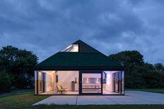 benthem crouwel wraps holiday house in fishing nets on texel island, netherlands