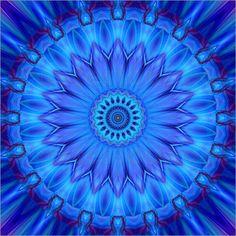 10% RABATT auf das gesamte Sortiment! Code: XMAS10 – gültig bis 14.12.2015 Poster Mandala blaue Wasserblume von Christine Bässler