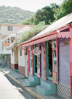 Road Town Tortola | photography by http://www.hunterphotographic.com/
