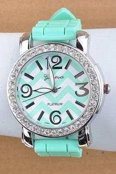 Tiffany Blue Chevron watch - I don't even wear watches but I like this one :-) Azul Tiffany, Tiffany Blue, Ring Armband, Mint Chevron, Chevron Nails, Fru Fru, Cute Jewelry, Jewlery, Bling Jewelry