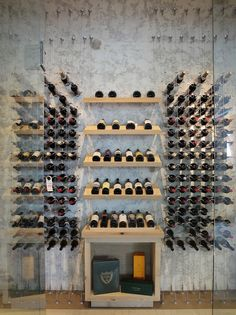 Contemporary custom wine cellar featuring the Cable Wine System. I love the Champagne Wine Box nook below the racks Wine Cellar Design, Wine Design, Caves, Coin Bar, Wine Cellar Racks, Bar A Vin, Home Wine Cellars, Wine House, Ideas Prácticas