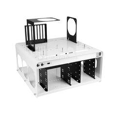 DimasTech Bench Table Easy V2.5 in weiß. Spezielle Produkte für kleine Zielgruppen werden oftmals zuerst von den Anwendern selbst konstruiert. Was zunächst als Hobby an der Werkbank und für den Eigenbedarf beginnt, schafft danach nicht selten den Aufstieg zu einem soliden Garagenunternehmen. Damit ist man zwar immer noch weit vom Mainstream entfernt, bewahrt sich jedoch die Unabhängigkeit und kann umso gezielter die speziellen Anforderungen seiner Kunden umsetzen...