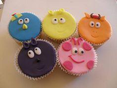 Cupcakes Backyardigans Fazemos em vários sabores e nos tamanhos mini, médio e grande. Mini 50 unidades Medio 25 unidades Grande 15 unidades