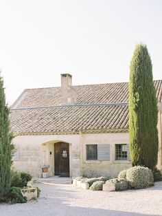 Rustic ~ my ideal country house in Provence French Country House, French Cottage, French Farmhouse, French Country Decorating, Provence France, French Countryside, Stone Houses, Menorca, Architecture