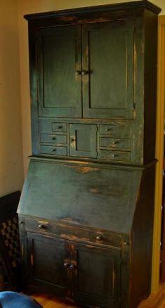 shaker style cupboard