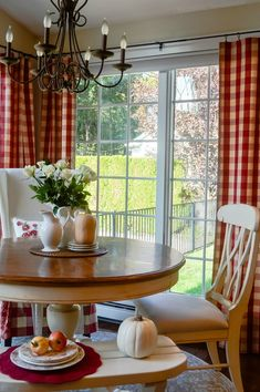 Red buffalo checks in the kitchen are just so beautiful. Check out the before and after, it's dramatic. White Cottage Kitchens, How To Make Rings, Kitchen Styling, Rustic Style, Cottage Style, Valance Curtains, Buffalo, Kitchen Design, Sewing