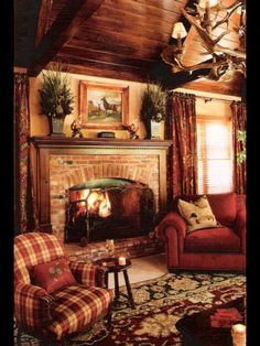 99 Cabin Style Home Interior Design Cabin Homes, Log Homes, Casas Country, Home Theaters, English Country Decor, French Country, English Cottage Style, French Cottage, Christmas Living Rooms