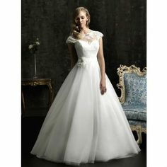 Free Shipping 2013 New Arrival Banie Bridal Wedding Dress,Wedding Gown US $99.00 - 119.00