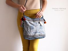 Etsy の Vintage Hmong Embroidered Batik Small Bag by HmongHeritage