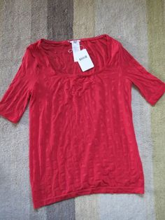 NEW Ex PER UNA RED EMBROIDERED MOCK-LAYER 3//4 SLEEVE TOP SIZES UK 10 /& 18