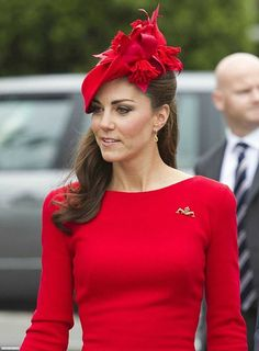 Kate Middleton's Topless Photos: Other Royal Nude Photo Scandals Kate Middleton Pictures, Lady In Waiting, Prince William And Kate, Celebrity Look, Duchess Kate, Royal Fashion, Pageant, Celebs, How To Wear