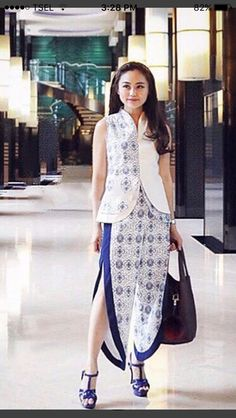 Diva Fashion, Ethnic Fashion, Boho Fashion, Lolita Fashion, Womens Fashion, Blouse Batik, Batik Dress, Model Kebaya Modern, Batik Kebaya