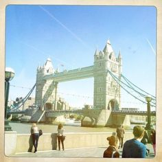 City of London Photography Styles, Colour Photography, Fashion Photography, Colouring Pics, London City, Tower Bridge, Colours, World, Places