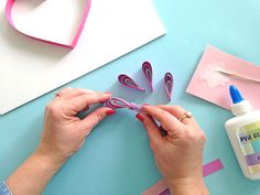 Step by step Quilling instructions. Make your own piece of art for your Mum this Mother's Day with this DIY paper craft guide. Paper Quilling Cards, Quilled Paper Art, Paper Quilling Designs, Quilling Patterns, Quilling Ideas, Diy Crafts For Gifts, Glue Crafts, Paper Crafts, Quilling Instructions
