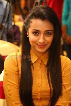 Actress Trisha in Thoonga Vanam Press Meet. More Pictures at http://www.kollywoodzone.com/cat-trisha-280.htm