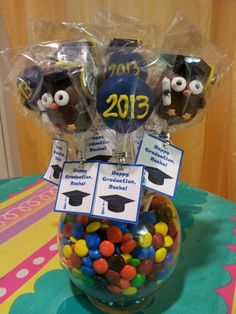 """Wise"" owl graduation cake pops College Graduation Cakes, Graduation Cake Pops, Graduation Party Foods, Graduation 2015, Preschool Graduation, Grad Parties, Graduation Ideas, Cupcake Ideas, Cupcake Cakes"