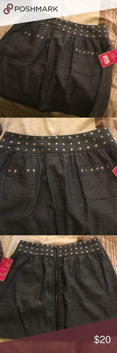 Studded skirt Short gray studded skirt, Candie's Skirts Mini