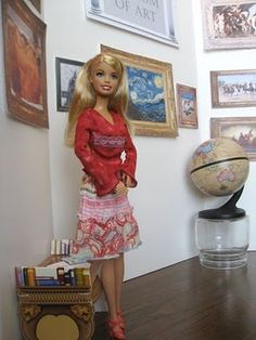 Cute Barbie Art Gallery, but could use this as more of a diorama type display when studying a particular artist or style.  Still, LOVE the Barbie thing...show to Emma