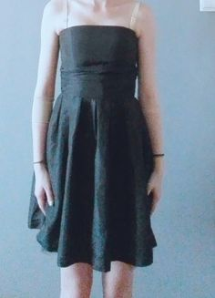 Kup mój przedmiot na #vintedpl http://www.vinted.pl/damska-odziez/sukienki-wieczorowe/9831144-mala-czarna-sukienka-rozszerzana-od-pasa
