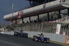 Romain Grosjean diz que mais precisa ser feito para melhorar a segurança dos pilotos envolvidos em colisões laterais, na sequência do acidente de Fernando Alonso durante teste em Barcelona. O piloto da McLaren-Honda se chocou contra o muro interno entre as curvas 3 e 4. O espanhol passou três noites no hospital antes de ser…