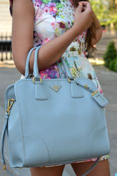 www.WholesaleReplicaDesignerBags com 2013 latest LV handbags online outlet, cheap designer handbags online outlet, free shipping cheap LOUIS VUITTON handbags