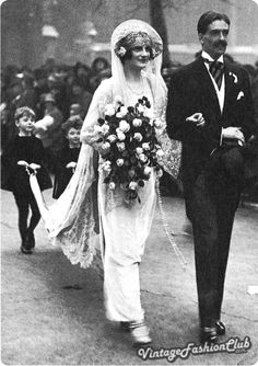 Clarissa Churchill marries the future British Prime Minister Sir Antony Eden in 1921. Head dresses were wired shape. Satin shoes and pearl detailing usually completed brides outfit.