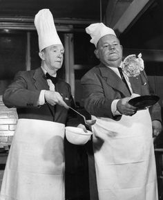 Stan Laurel and Oliver Hardy. Laurel And Hardy, Stan Laurel Oliver Hardy, Great Comedies, Classic Comedies, Classic Movies, Classic Hollywood, Old Hollywood, Sound Film, Comedy Duos