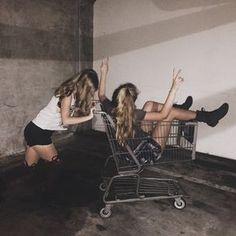 friends party tumblr - Buscar con Google