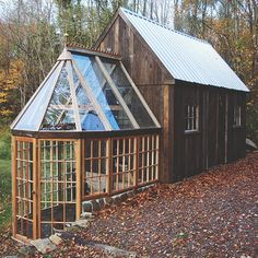 garden greenhouse + shed