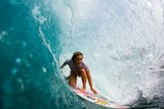 I want to learn to surf SO bad. I've always had this feeling that I'd be a natural. I wonder if everyone thinks that lol