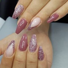 Amazing Glitter Acrylic Nail Art Designs for Holiday Parties winter glitter nails; new year nails; Sparkle Gel Nails, Glitter Nail Polish, Light Nails, Nail Polishes, Holiday Nails, Christmas Nails, Christmas Glitter, New Year's Nails, Hair And Nails