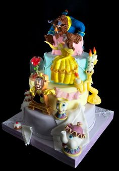Stunning Beauty and the Beast #Cake Great #CakeDecorating We love and had to share! Ideas and Inspiration Amazing Cake!