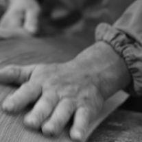 Falegnameria Atelier Tonini: restauro del legno, recupero di legni antichi e arredo su misura.