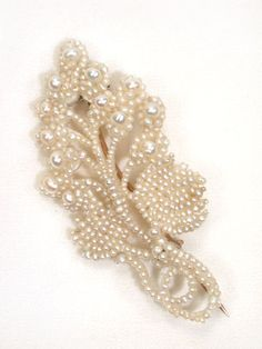Natural Seed Pearl Flower Motif Brooch