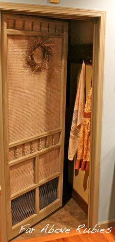 AMAZING ! DIY-Repurposed vintage screen door