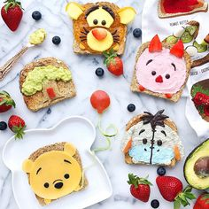 Pooh & friends toast by Jessica  (@luxeandthelady)
