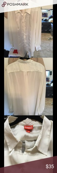 KIRNA ZABETE XL Top NWOT Beautiful Long sleeved, High low Sheer Blouse In XL with Satin linings and a pleat in the back!  Way better in person NWOT it's a cream color Kirna Zabete Tops Blouses