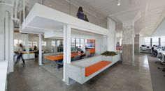 Oficinas Horizon Media / a + i architecture