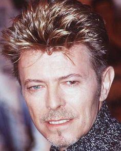 Hope you're all having a great Saturday evening. 😊💕 (Or whatever time of day it is for you) #David #DavidBowie #DavidBowieLove #DavidBowieForever #Bowie #BowieLove #BowieForever #Outside #Earthling #90s #RIPDavidBowie #Starman #LittleWonder #ThinWhiteDuke #TheManWhoFellToEarth #TheManWhoSoldTheWorld #AladdinSane #Ziggy #ZiggyStardust #ThankYou #Love #Blackstar