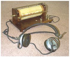 The first radio signal was sent and recieved in 1895 in Italy by Guglielmo Marconi Marconi, however it became widely used the creation of crystal radios which were very easy to use and make at home.