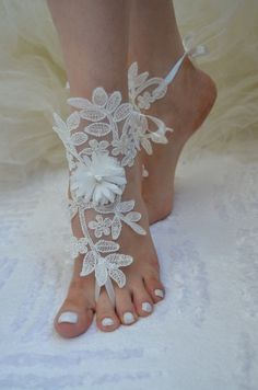 Free Ship bridal anklet ivory Beach wedding barefoot by UnionTouch